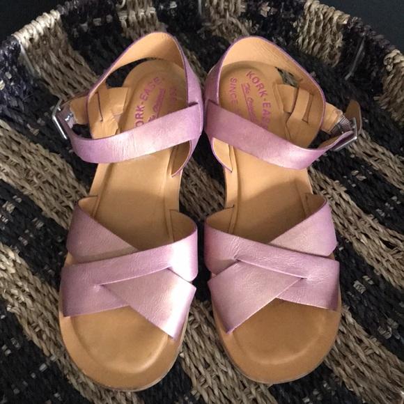 e53398b792e Kork-Ease Shoes - Kork Ease Myrna in Shimmery Pink!